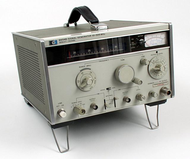 Hp Signal Generator : Hewlett packard signal generator hp b ebay